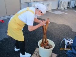 11月は芋煮会を開催‼