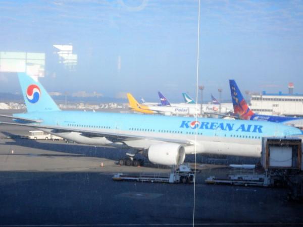 DSCN0941大韓航空機